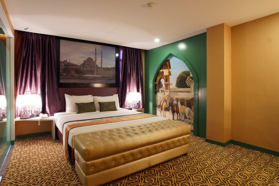 Arabian Night Theme Room Hotel Maison Boutique
