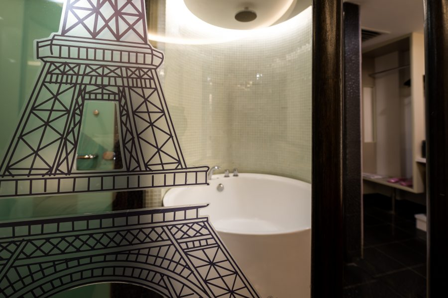 Eiffel Tower Theme Room Hotel Maison Boutique